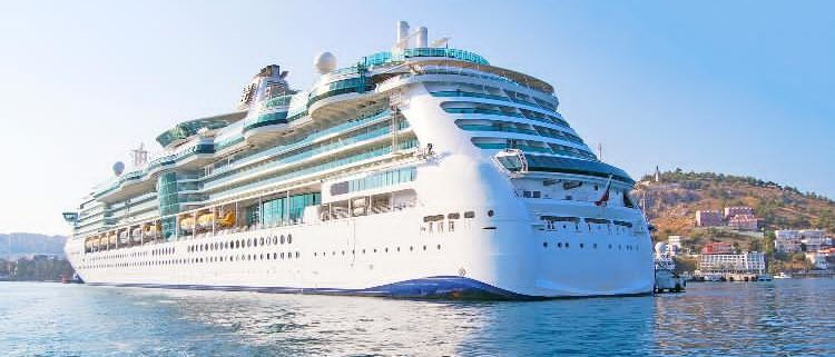 Why All Marine Vessels with Medical Facilities Need an Oxygen Filling Station Onboard