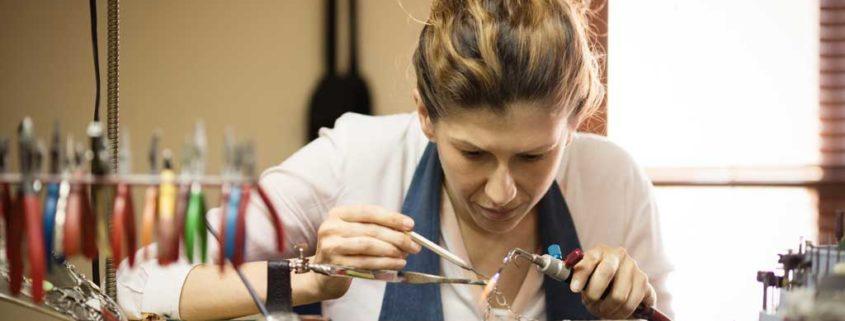 How Nitrogen Generators Improve the Jewelry Making Process
